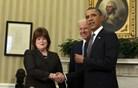 Direktorica tajne službe odletela, ker se je poleg Obame znašel človek z orožjem
