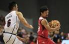 Boksarski zvezdnik na košarkarskem debiju le izgubljal žoge