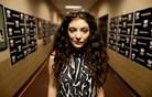 Lorde: najstnica, ki s svojim slogom in glasbo navdihuje množice