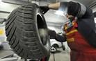 Slovenci in zimske gume: glavna je kakovost, za nove gume do 200 evrov
