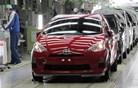 """Bitka za svetovno avtomobilsko krono: največja ločuje """"le"""" 200 tisoč avtomobilov"""