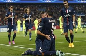 Bayern po sporni enajstmetrovki, Totti do rekorda, poraz Barcelone (video)