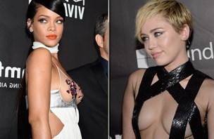 Miley in Rihanna na dobrodelni večerji kazali prsi