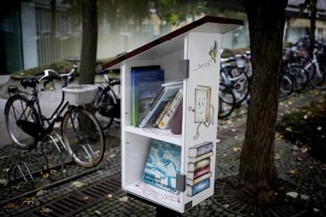 Knjigobežnice: fenomen, ki se je s Facebooka preselil v resnično življenje