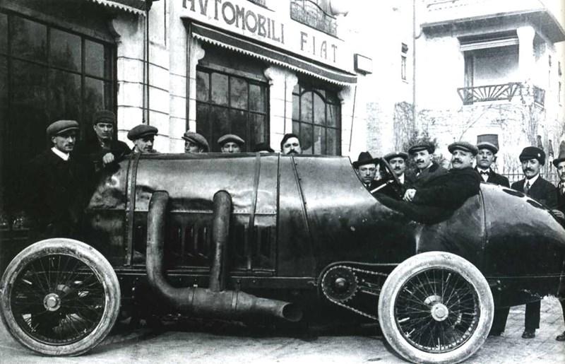 Originalni fiat S76 iz časa pred prvo svetovno vojno.